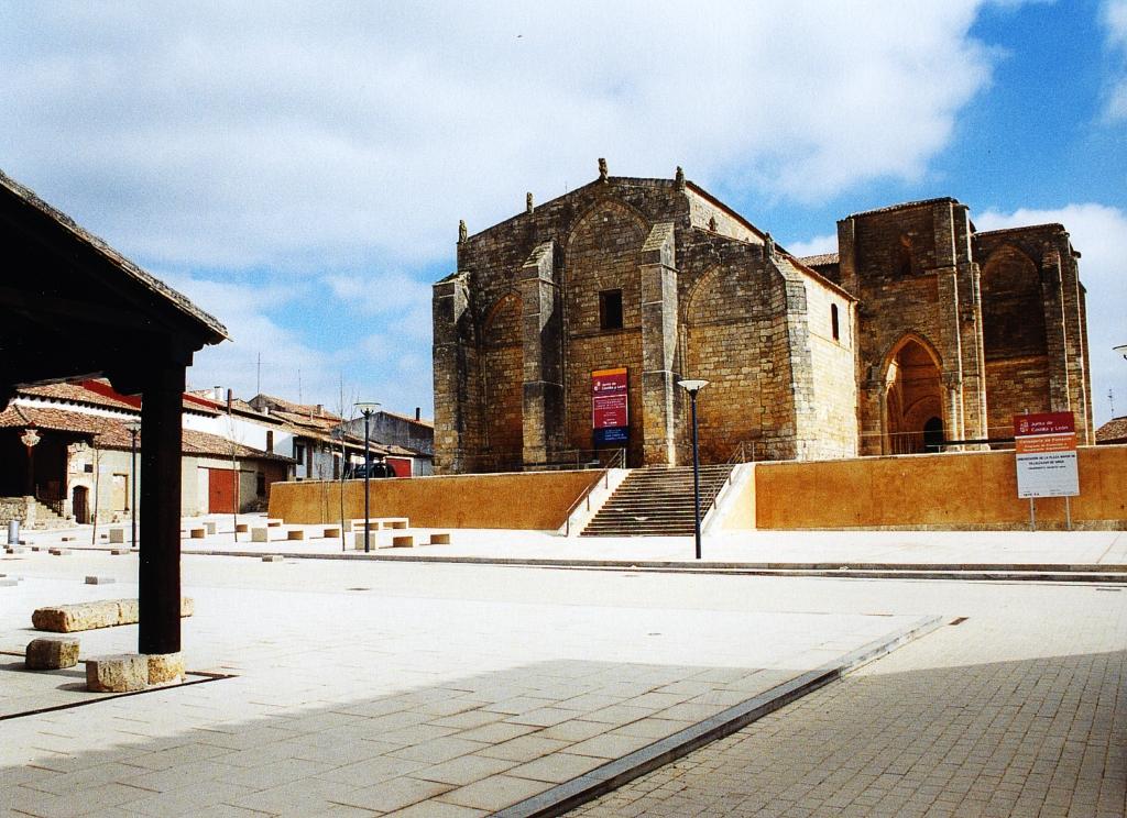 Villalcázar de Sirga - Santa Maria la Blanca 16